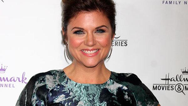 Звезда сериала «Беверли-Хиллз, 90210» беременна вторым ребенком - 7Дней.ру