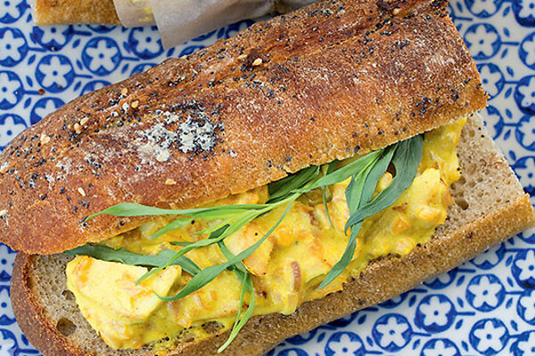 Рецепты от Юлии Высоцкой: восточный бутерброд с курицей, маффины по секретному рецепту, хрустящий салат с рыбой - 7Дней.ру