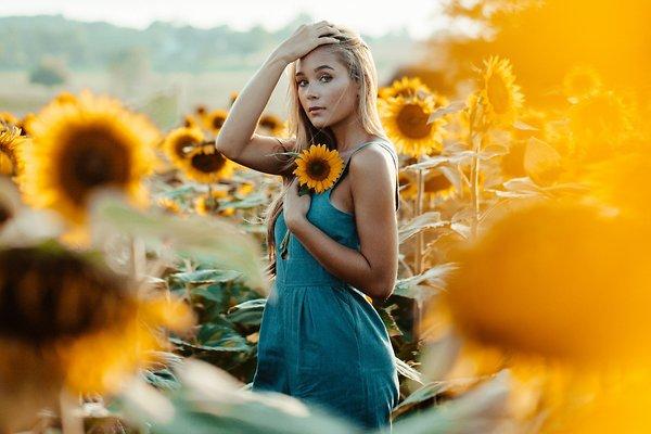 5 лайфхаков, чтобы волосы не выгорали на солнце