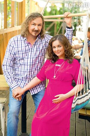 Молодая жена Игоря Николаева ждет ребенка 59