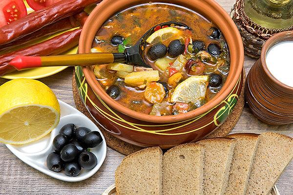 Солянка мясная, рыбная и грибная: 3 рецепта вкусных супов - 7Дней.ру