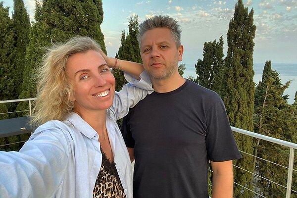 Светлана Бондарчук показала первое фото из ЗАГСа