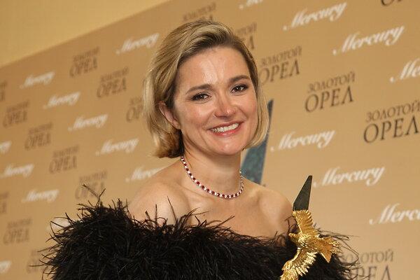 Надежда Михалкова: «Последнее, что я могла сделать с моей фамилией, — стать режиссером!»