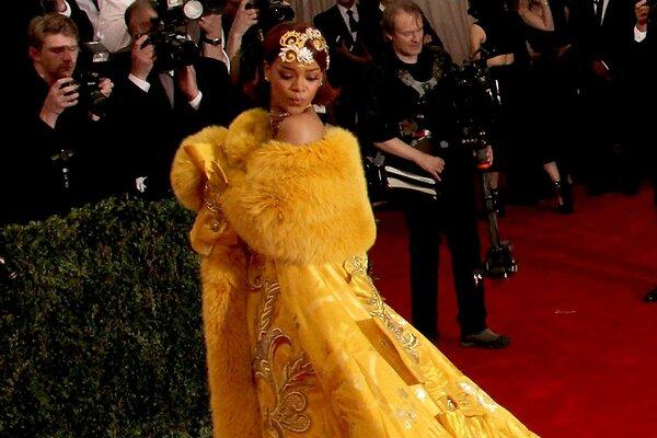 Засвет Глюкозы В Желтом Платье