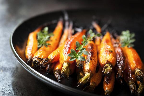 Морковь с апельсиновым соком и имбирем: рецепт от шеф-повара Мишеля Ломбарди