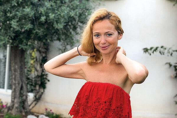 Елена Захарова: «Я с ужасом обнаружила, что растеряла половину волос»