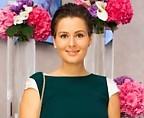 Кожевникова готова покупать платья, которые «словно сделаны из золота»